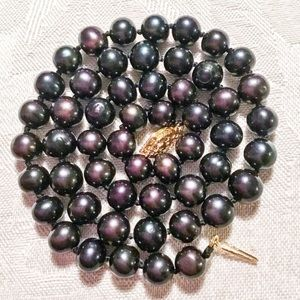 """Jewelry - 💚🌟REAL 18"""" Black and Blue Pearl Necklace 9-10 mm"""